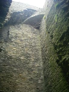 Middleham Castle - looking up