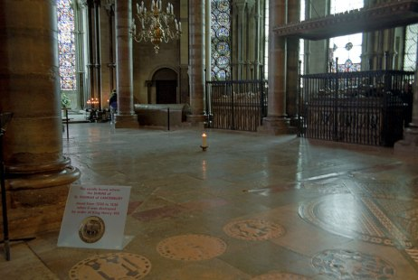 Canterbury cathedral shrine