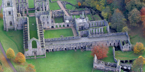 fountains abbey2