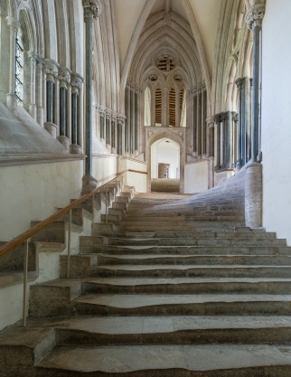 Wells chapter house steps