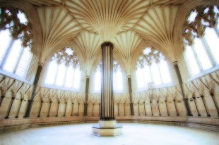Wells chapter house
